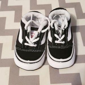 c1919590a284 Vans baby sneakers